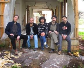 Los integrantes de Las Buenas Noches. Foto: Esperanza Moreno