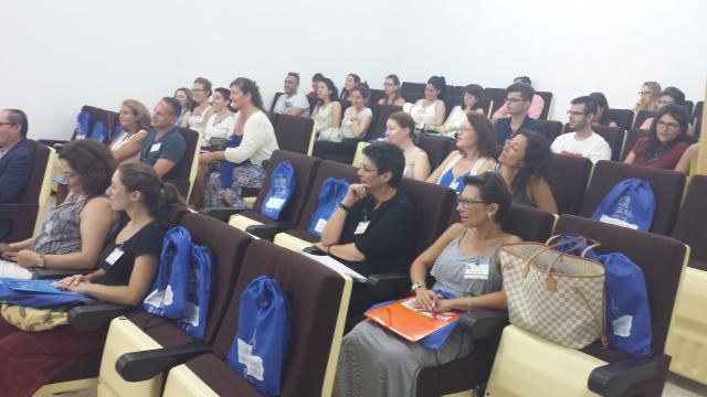 50 profesores de español de 14 países se reúnen en la UCA para desarrollar y reflexionar sobre nuevas perspectivas docentes.  Fotografía: UCA