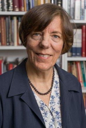 Jane Arnold, directora académica de LCE, coordina el III encuentro Enele 2017